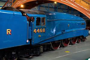 LNER Class A4 '4468' Mallard by Daniel-Wales-Images