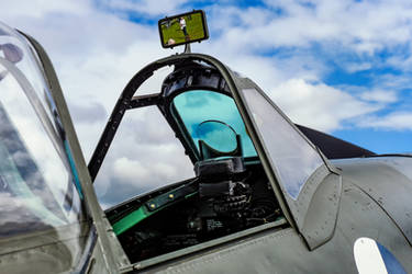 Spitfire LF.Vc Windshield and Gunsight by Daniel-Wales-Images