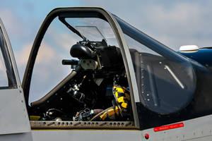 Mustang Windshield and Gun Sight