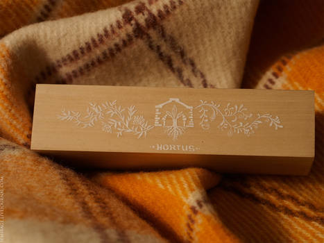 floral pattern box