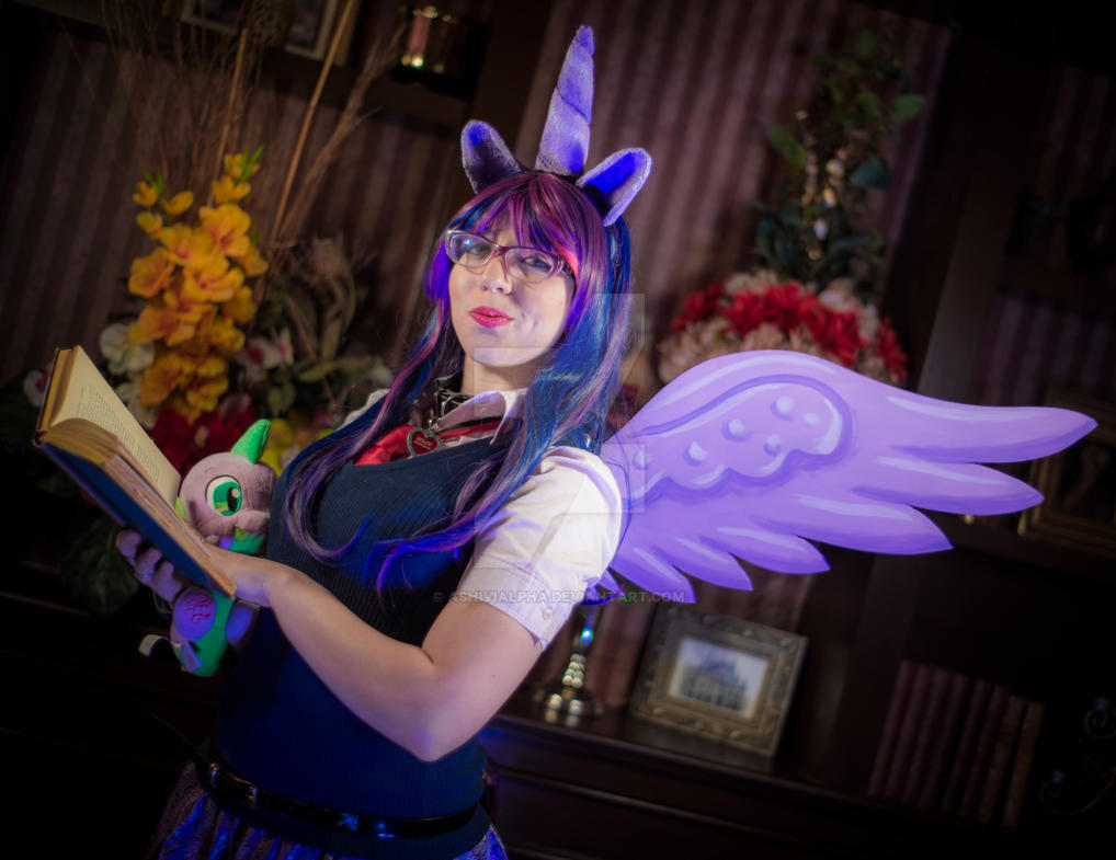 Twilight Sparkle Cosplay Upgraded by AshiviAlpha