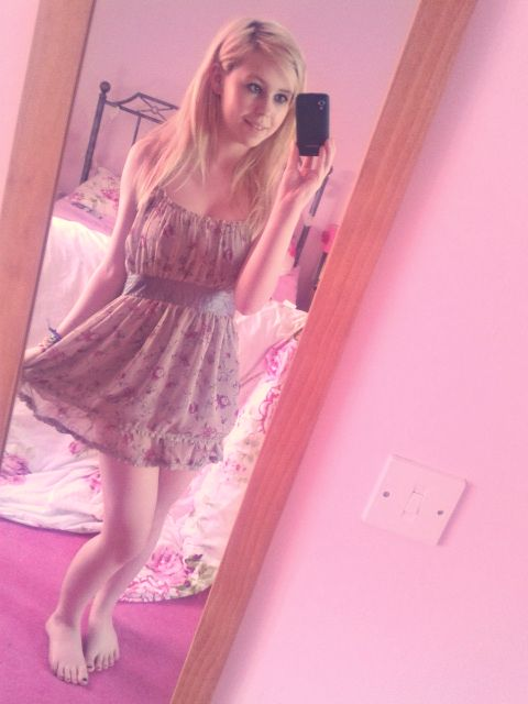 Summer dress by HeartsxxEmma