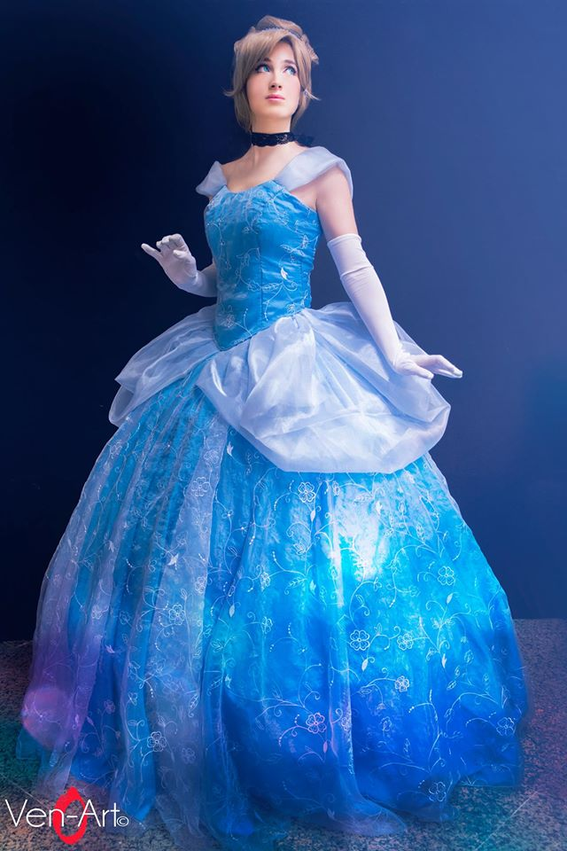 Cinderella by PincaIoIda