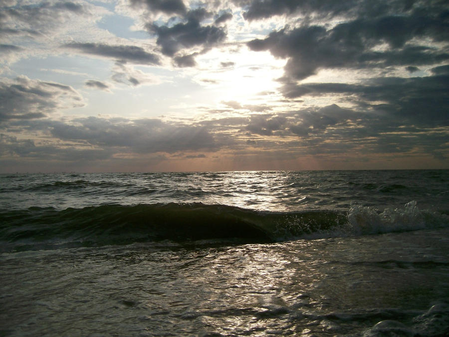 Cold Sea by aseneta