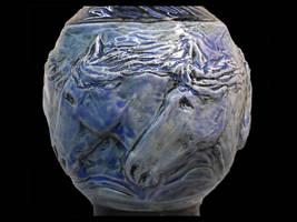 Stampede - 5 horse vase