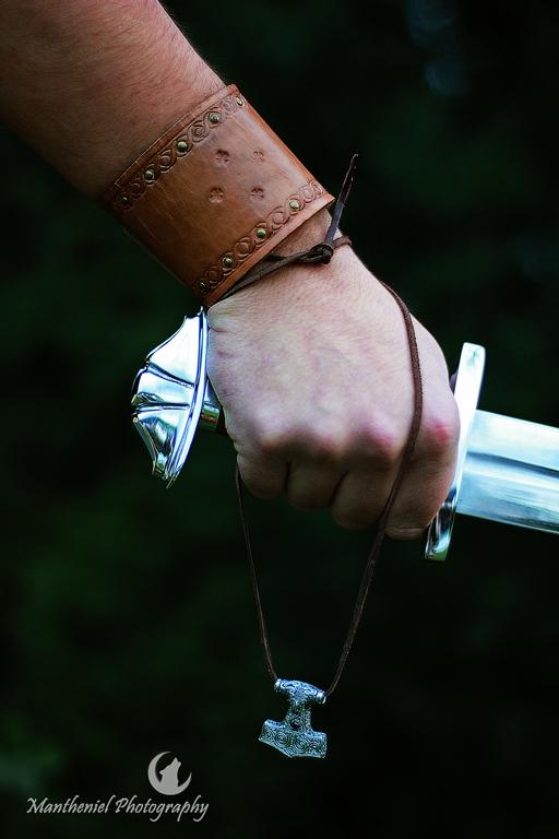 Hand of destiny... by LucreciaMortishia