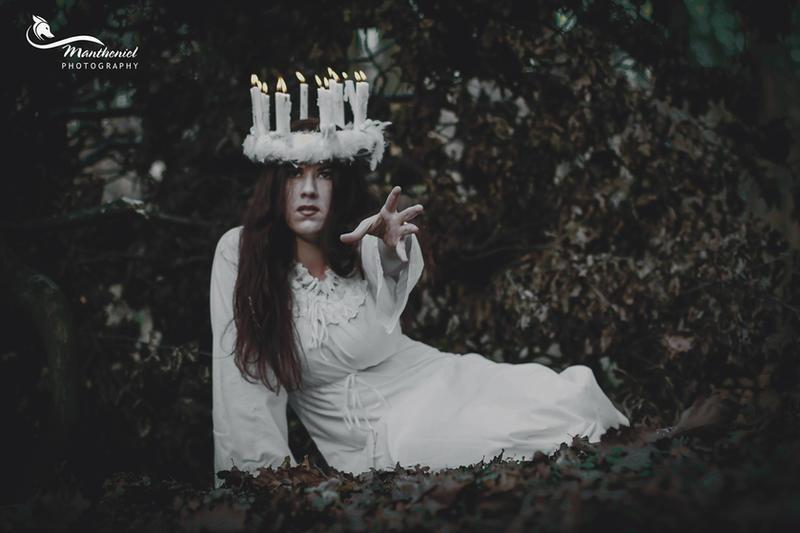 Lucia by LucreciaMortishia