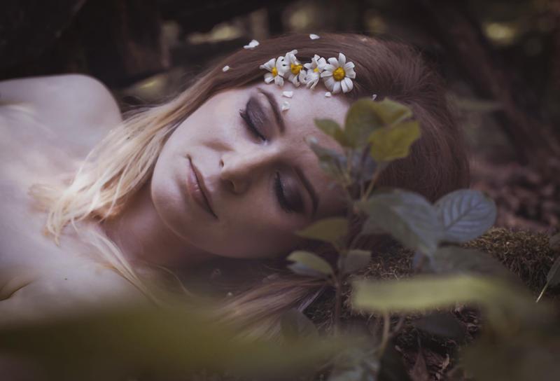 Sleeping Jane by LucreciaMortishia