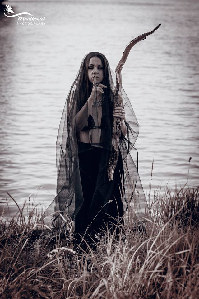 Keeper of the lake... by LucreciaMortishia
