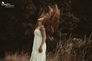 Ethereal Fairy by LucreciaMortishia