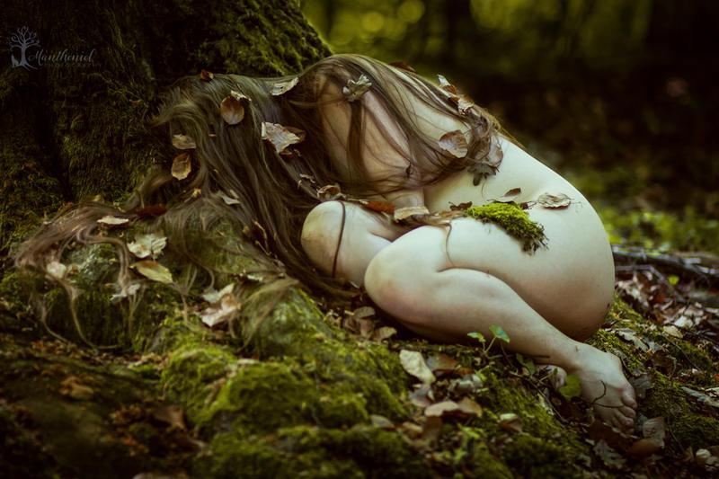 Lesna bytost by LucreciaMortishia