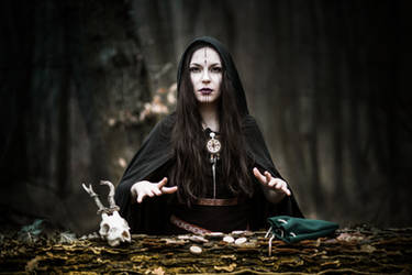Pagan Norse Witch by LucreciaMortishia