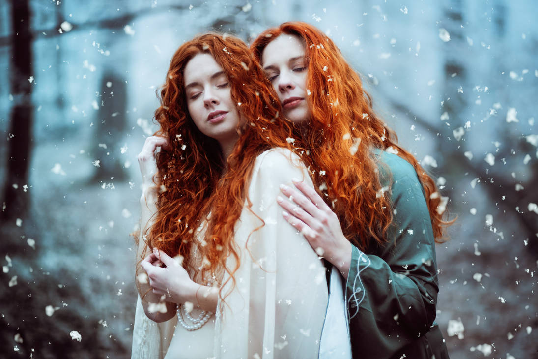 Cold sisters by LucreciaMortishia