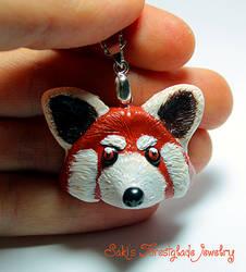 Red Panda pendant by Sakiyo-chan