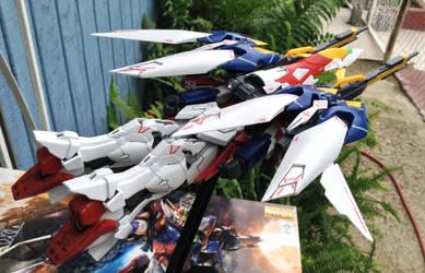 1/100 MG Wing Gundam Proto Zero - Bird mode