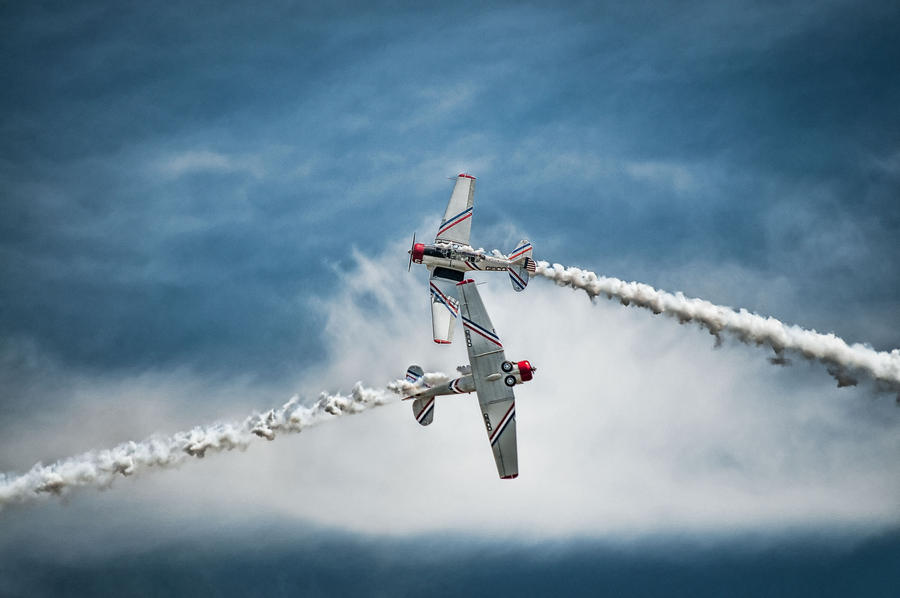 Precision Flying by CharlesWb