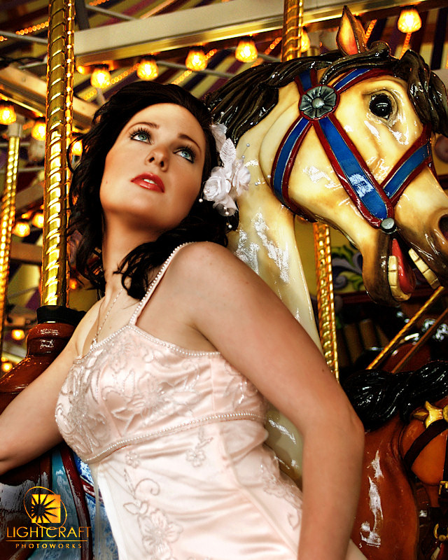 http://fc06.deviantart.com/fs29/f/2008/130/7/f/7f3e8bff10a81b16b81821da39d9085f.jpg