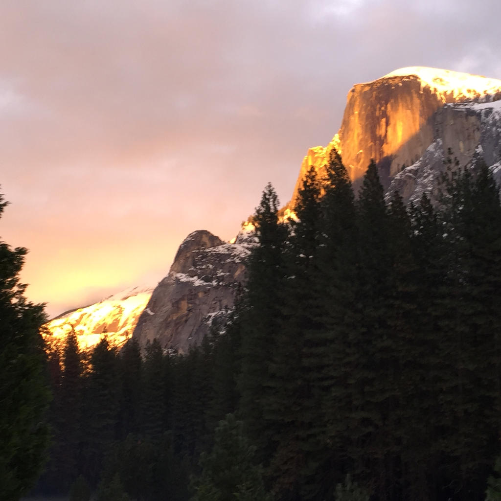 Alpin Glow on Tisiack by Yosemite-Stories