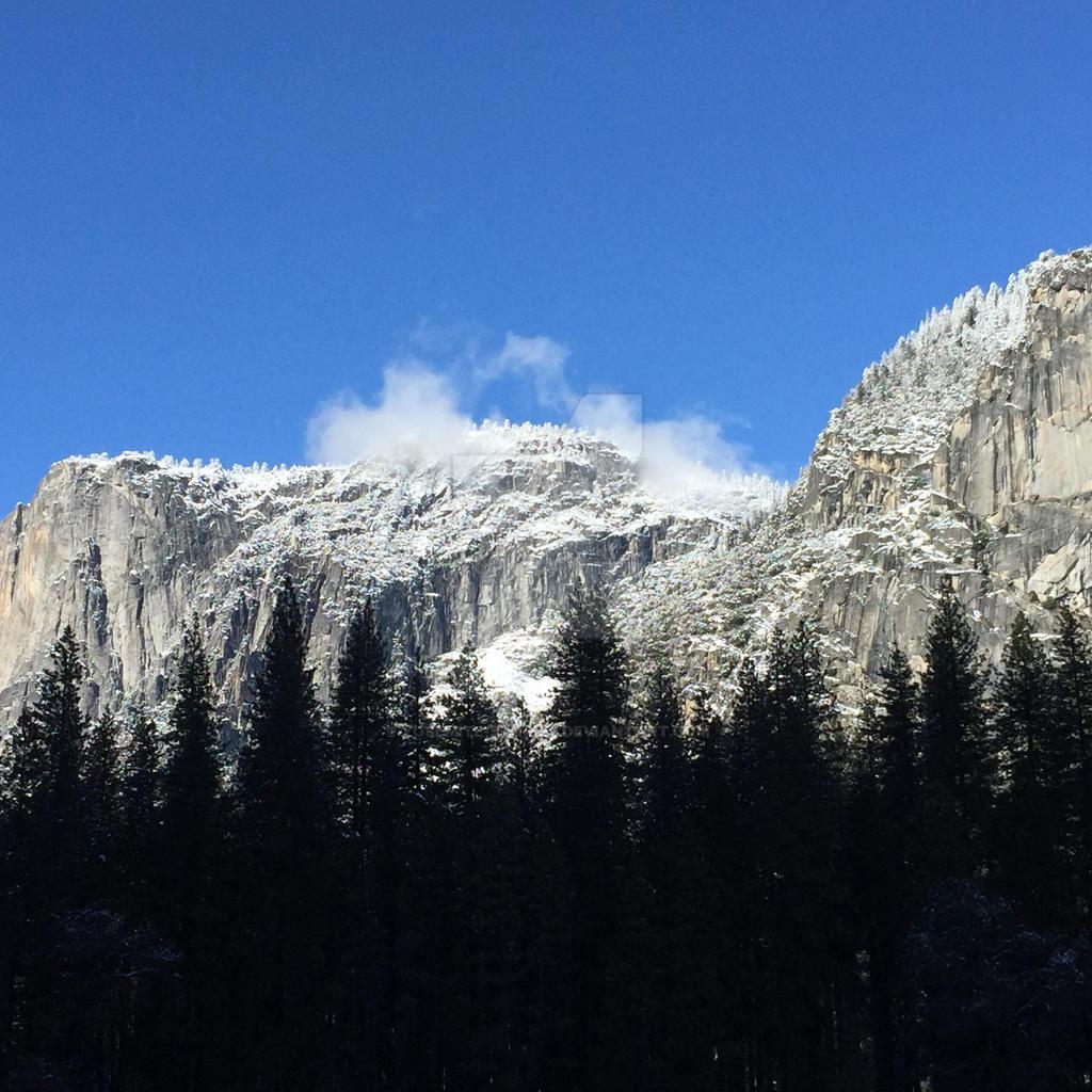 Clouds Kiss the Rim (Yosemite) by Yosemite-Stories