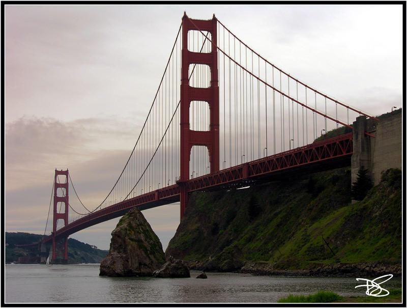 Under The Golden Gate by dirtycar74