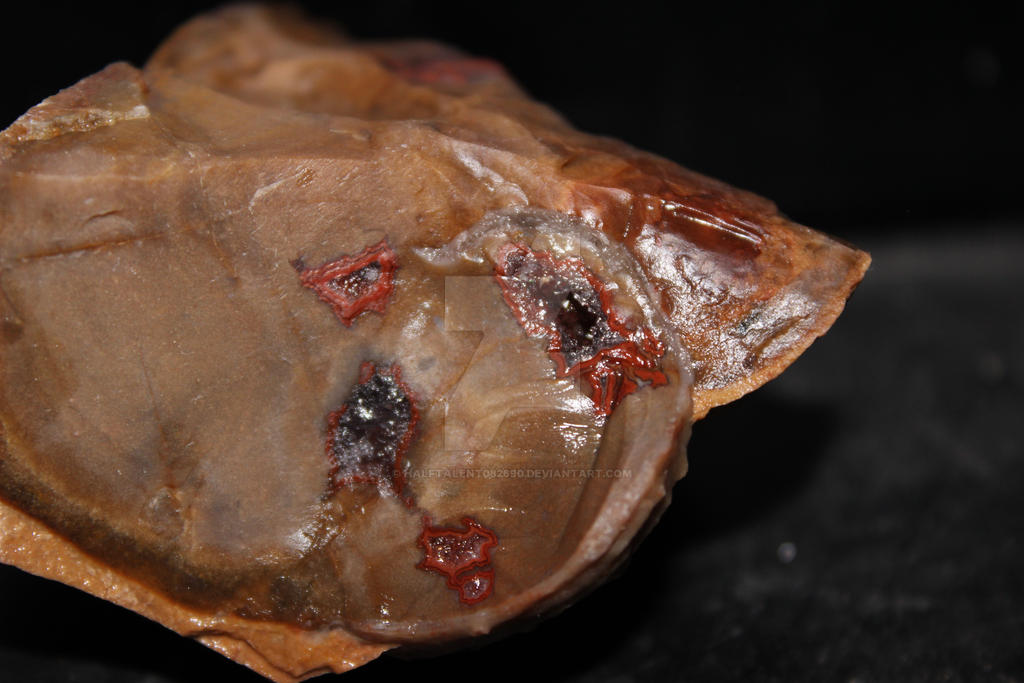 Tee Pee Canyon Agate + Geode by HalfTalent082690