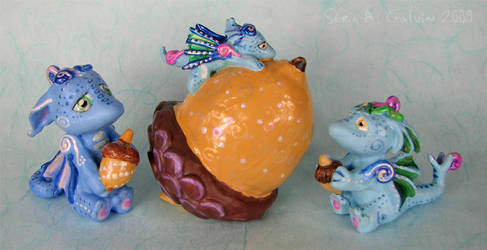 Acorn Gatherer Dragons by kaikaku