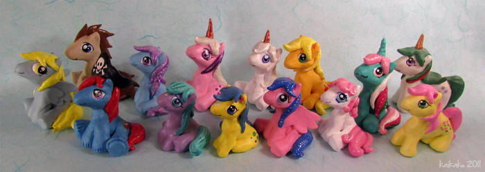 Pony Figurines by kaikaku