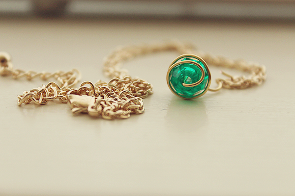 Kokiri's Emerald necklace. by Yelyac
