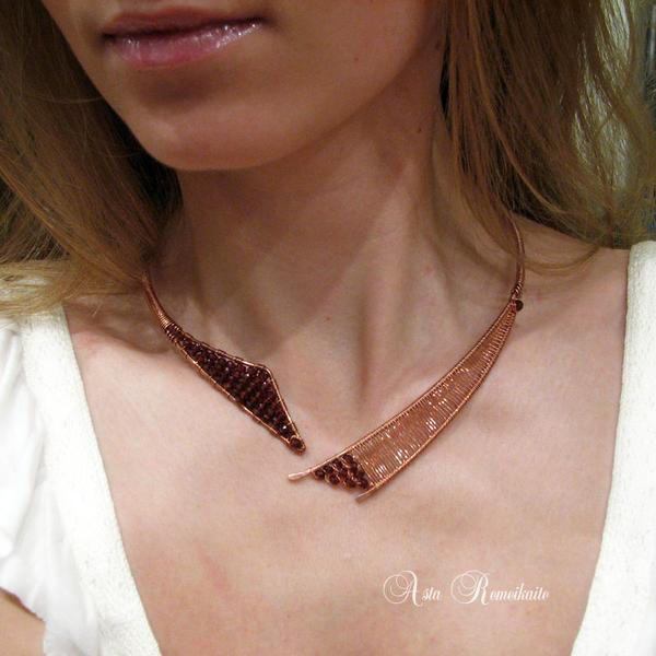 A u r o r a - necklace I by Astukee