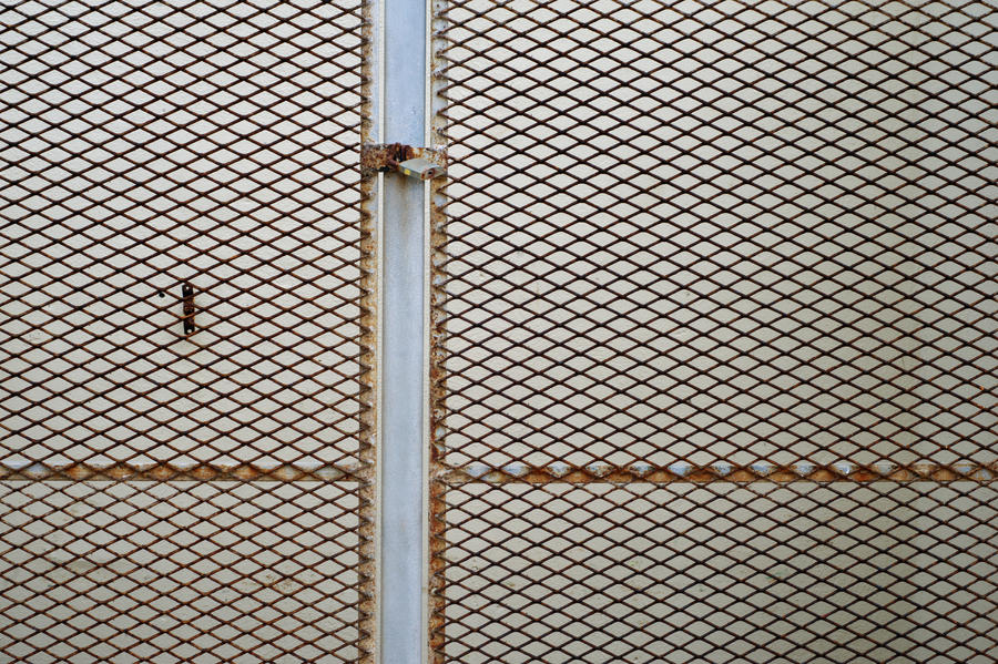 Mm Mesh Panel Galvanised Glass