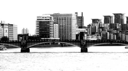 Lambeth Bridge BW-London