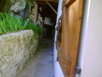 Chemin vers la grotte -Pons by LiliPoun