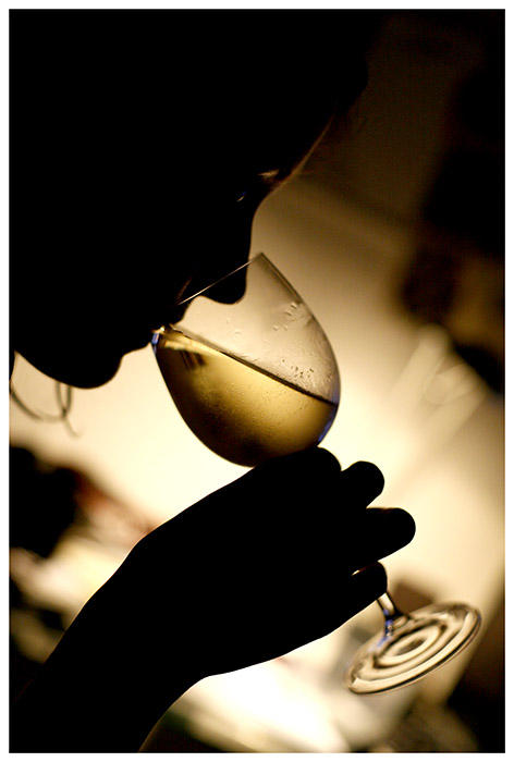 http://fc03.deviantart.net/fs11/i/2006/202/b/4/Wine__by_nigelt.jpg