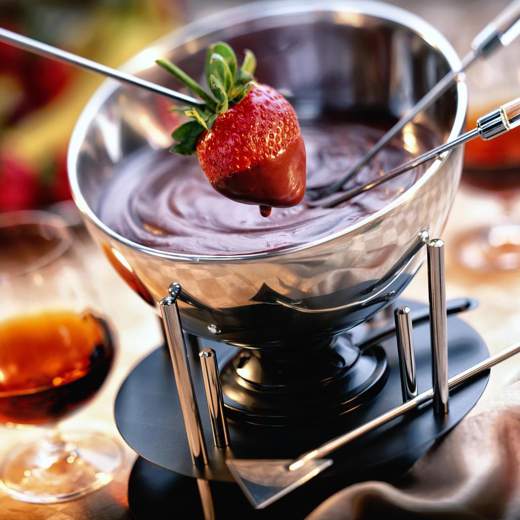 fondue au chocolat by kikiphotolove on deviantart. Black Bedroom Furniture Sets. Home Design Ideas