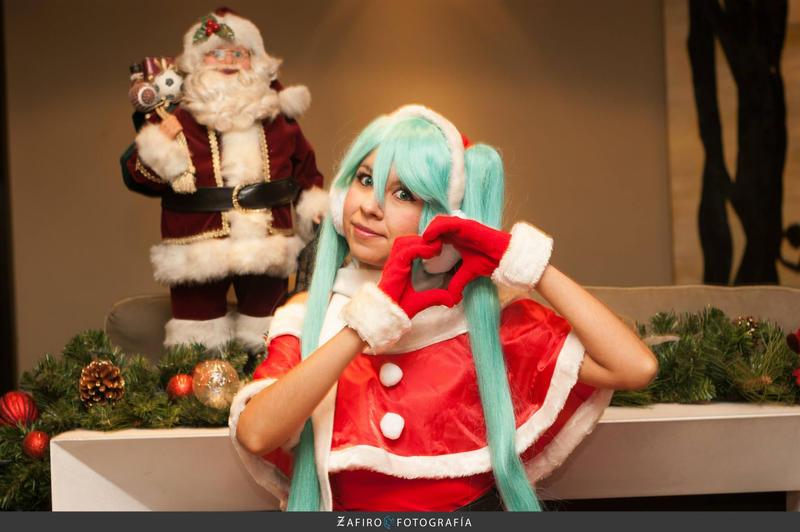 Christmas - Miku Hatsune by MelodyZombie