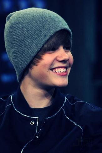 Bieber icon by justglamour - Justin Bieber