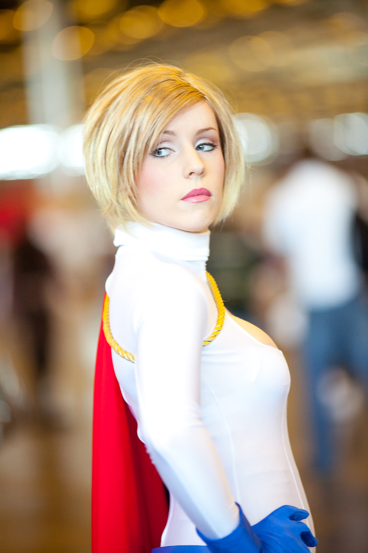 Power Girl cosplay by clefchan