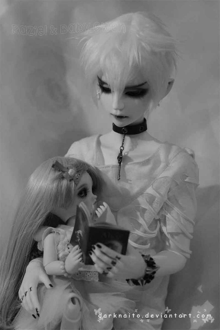 Raziel and Baby Gwen~bedtime story by darknaito
