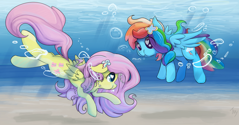 Beneath the Waves by CreativPony