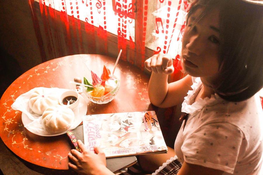 HenNeko: Senpai, let's eat. by gazxiii