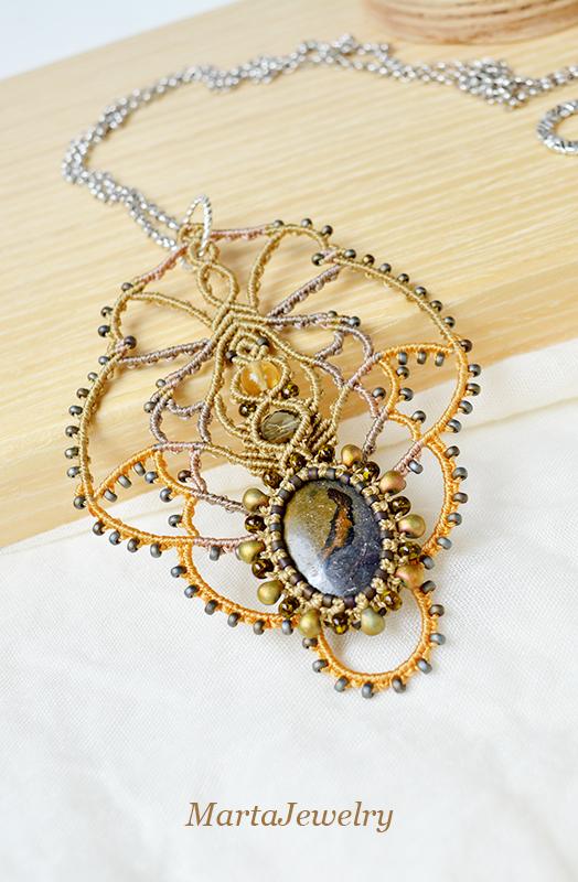 Lace Necklace by borysbrytva