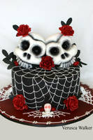 Skull Wedding Cake by Verusca