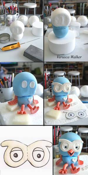 Hoot Figurine
