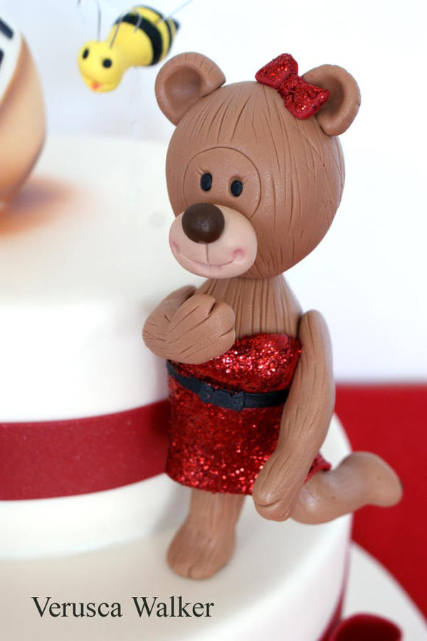Teddy Bears Figurine by Verusca