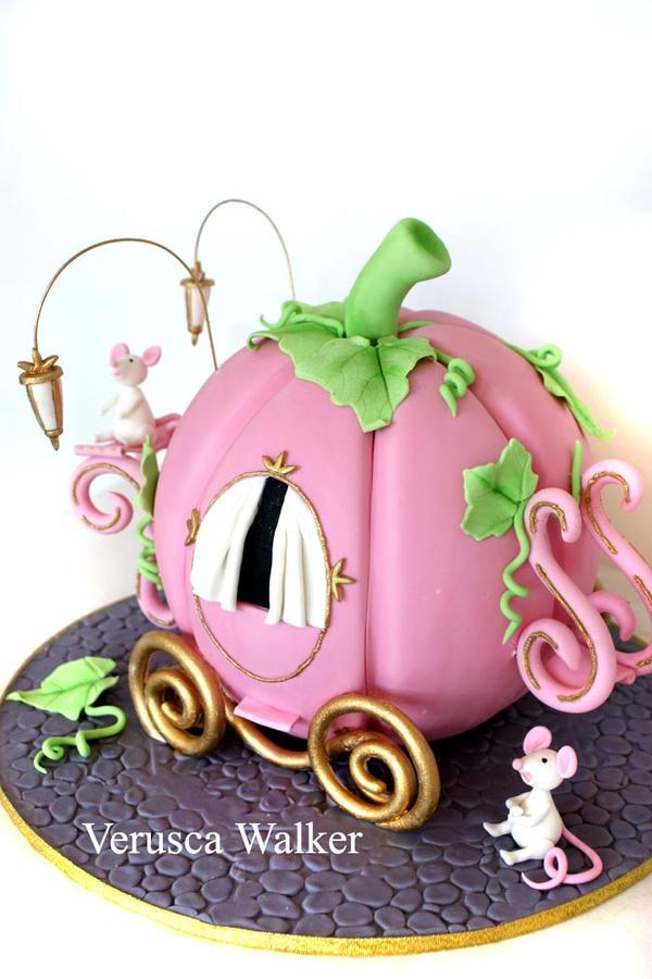 Pumpkin Cake by Verusca
