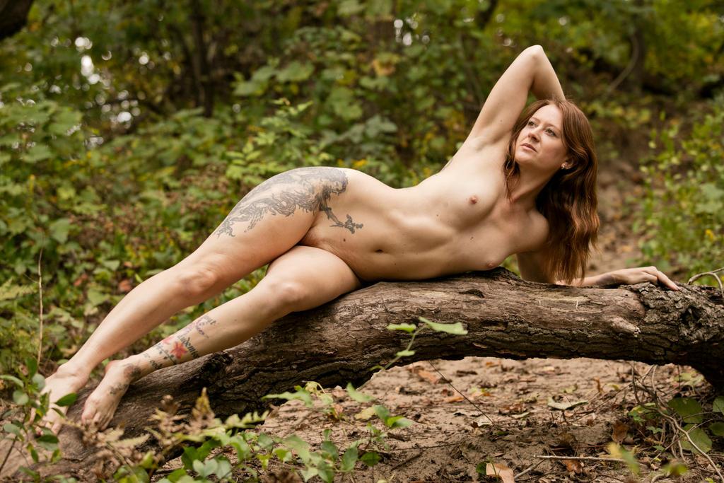 Nude on a Tree by grandart