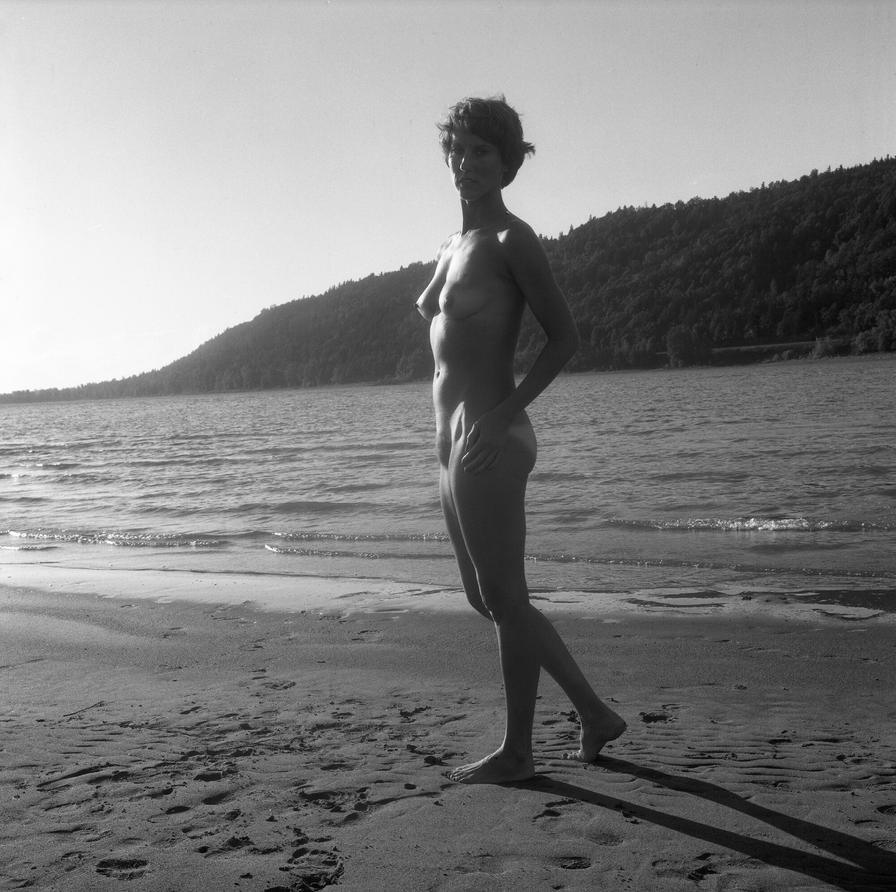 Nude at the Columbia River II by grandart