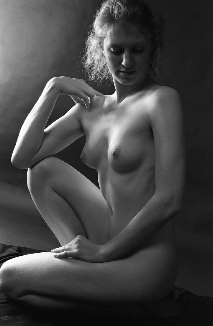 Seated Nude III by grandart