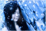 Falling snow by Freestylegirlzz