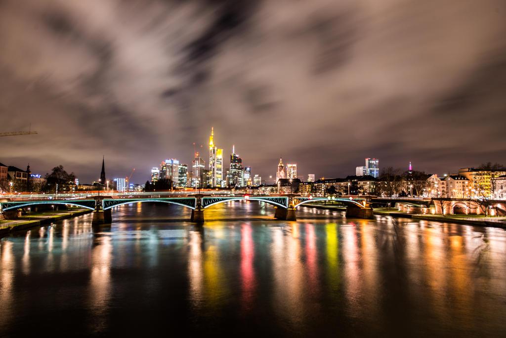 Skyline V by wolfgangbuhr